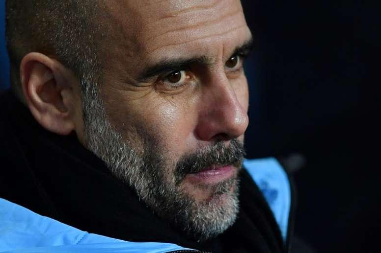 Guardiola se rende ao futebol do Liverpool. AFP
