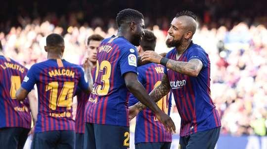 Segundo jornal, o clube catalão não tem intenção de negociar Vidal. AFP