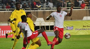 Belaili scores direct from corner as Algeria win in 'car park'. AFP