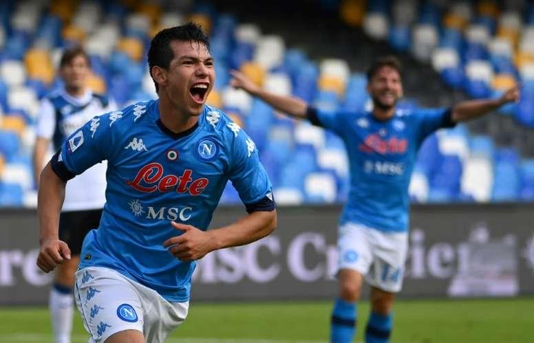 Hirving Lozano dijo que se veía jugando en el Barça. AFP