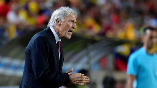 Néstor José Pékerman vería con buenos ojos dirigir a Argentina. AFP/Archivo