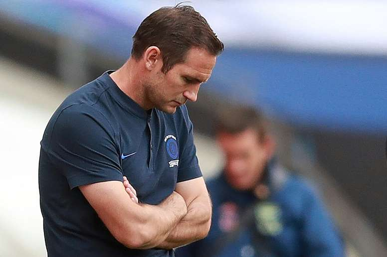 Frank Lampard was not happy after Chelsea lost the FA Cup final. AFP