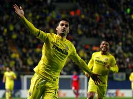 Villarreals midfielder Manu Trigueros celebrates scoring against FC Steaua Bucharest at El Madrigal stadium in Vila-real on December 8, 2016