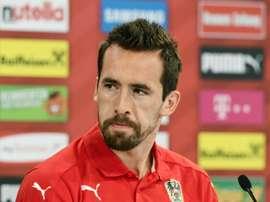 Fuchs está molesto con el Leicester por no alcanzar un acuerdo de renovación. AFP