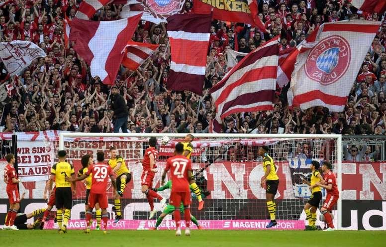 Bundesliga teve suspensão confirmada nesta sexta-feira. AFP