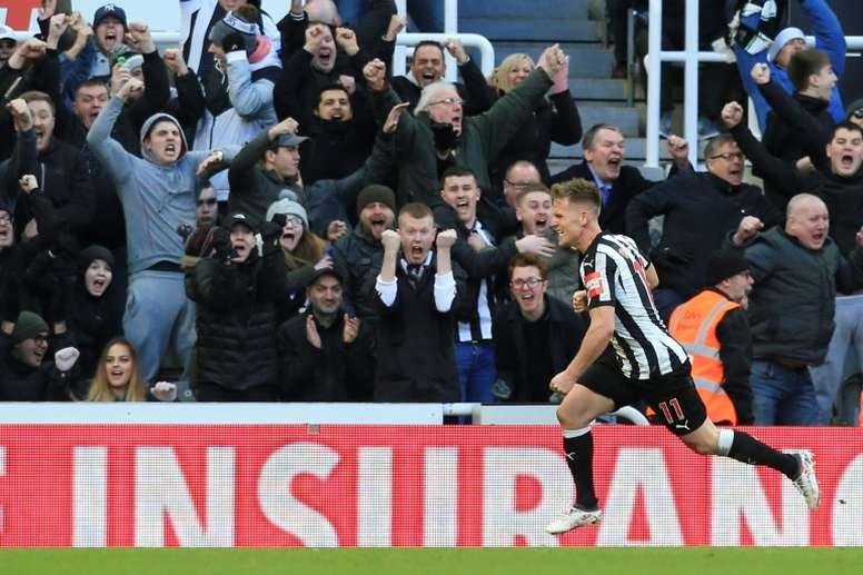 Ritchie anotó el único gol del partido. AFP