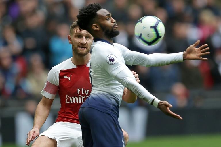 El futbolista inglés que se quiere retirar por culpa del racismo