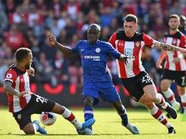 Ngolo Kanté sofre uma lesão muscular. AFP
