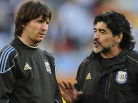Verón cargó contra Maradona. AFP