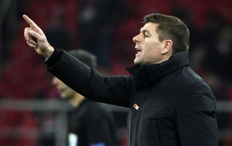 Gerrard espera el regreso de Kent. AFP