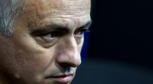 Mourinho vai para o outro lado. AFP