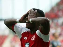 El Mainz se aleja del espectáculo. AFP