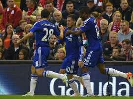 Obi Mikel critique Hazard... puis l'encense. AFP