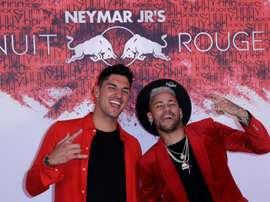 Neymar cree que el PSG ganará la Champions. AFP
