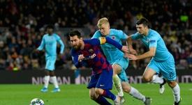 Algunos jugadores del Barça no saludaron a los del Slavia. AFP