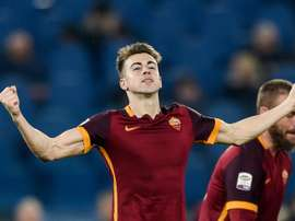 Roma forward Stephan El Shaarawy celebrates after scoring during the Italian Serie A football match against Frosinone at Romes Olympic stadium on January 30, 2016