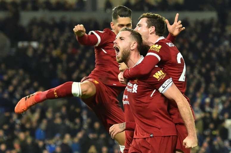 Jordan Henderson es uno de los pilares de este imparable Liverpool. AFP/Archivo