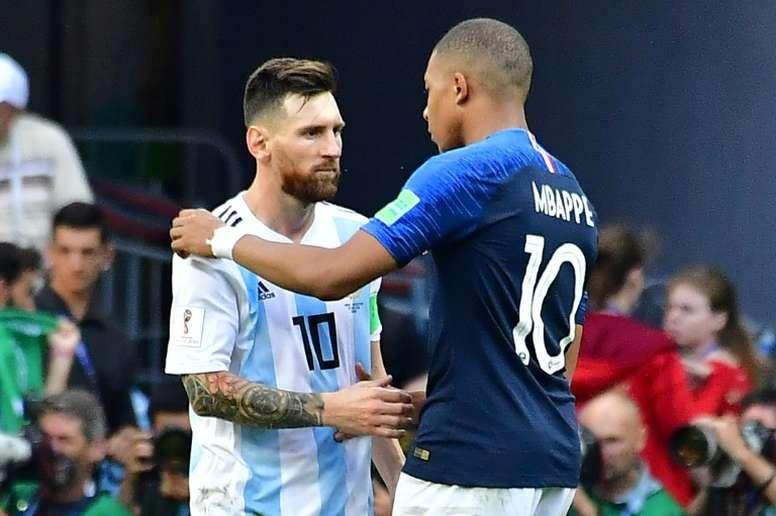 Messi et Mbappé se disputent le Soulier d'Or. AFP