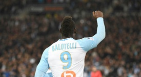 Dois para Balotelli, dois para Mangani. AFP