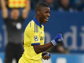 Brazilian midfielder Ramires has left English Premier League side Chelsea to join Chinas Jiangsu Suning