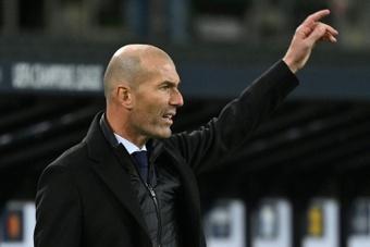 La directiva del Madrid apoya a Zidane: ni se plantean destituirle. AFP