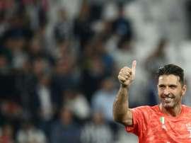 Buffon, déjà 24 années en professionnel. AFP