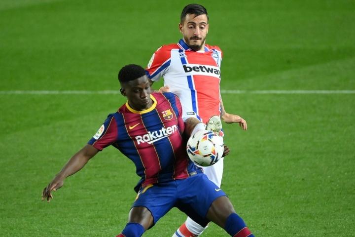 L'entraîneur du Barça B soutient Ilaix Moriba. AFP