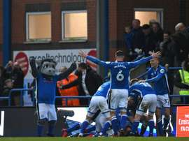 El Rochdale logró mantenerse en la League One. AFP