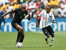 Thembinkosi Lorch (R) was the CAF Confederation Cup matchwinner. AFP