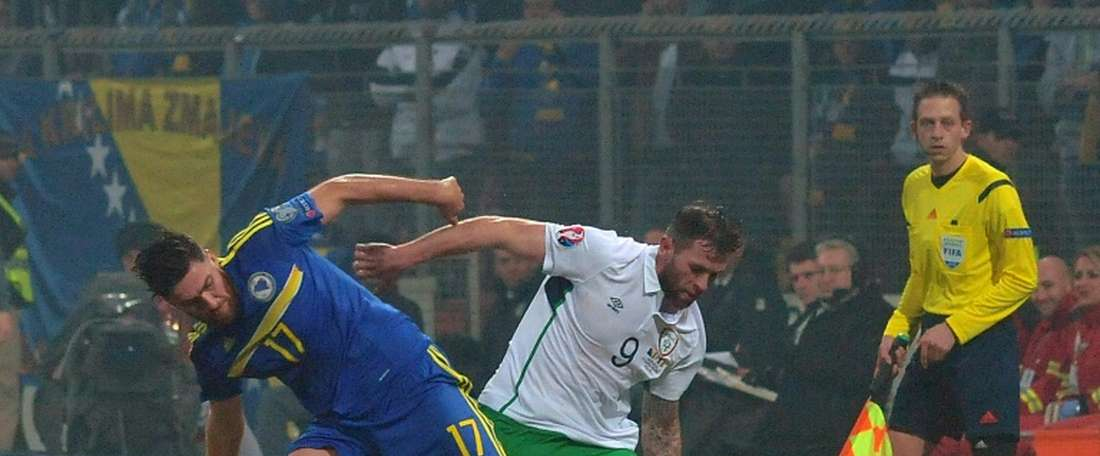Ervin Zukanovic se ha marchado cedido al Genoa. AFP
