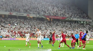 Asian Cup hosts UAE punished for shoe, bottle barrage