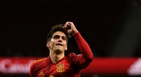 Spain put on five-star finish by thrashing ragged Romania. AFP