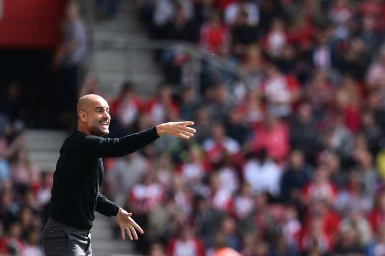 Guardiola aclaró su celebración en el gol de Gabriel Jesus. AFP