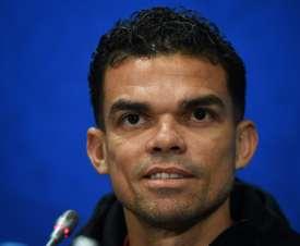 Le central portugais fait également partie du onze de l'année. AFP