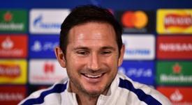 Eden Hazard alabó a su ex compañero Frank Lampard. AFP