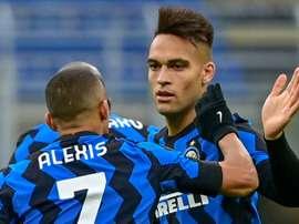 Alexis Sánchez comanda vitória da Inter. AFP