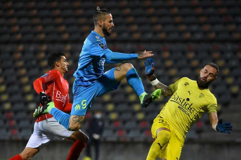 Fifth straight win lifts Marseille to within a point of PSG. AFP