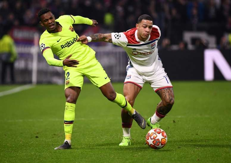 Semedo (L) denies he has been offered to PSG. AFP