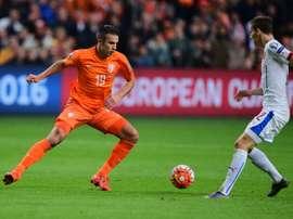 Van Persie revela bofetada de Van Gaal no Mundial de 2014. AFP