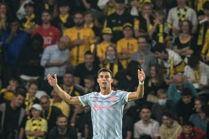 CR7, novo recorde e socorrista pelo United na Champions. AFP
