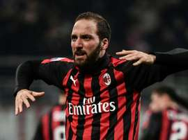 Higuain determined to leave, says AC Milan coach Gattuso
