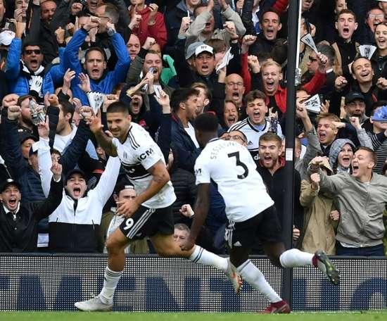 Mitrovic restera à Fulham. AFP