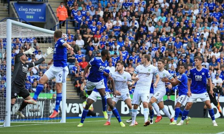 El Everton y el West Ham hicieron sus deberes. AFP