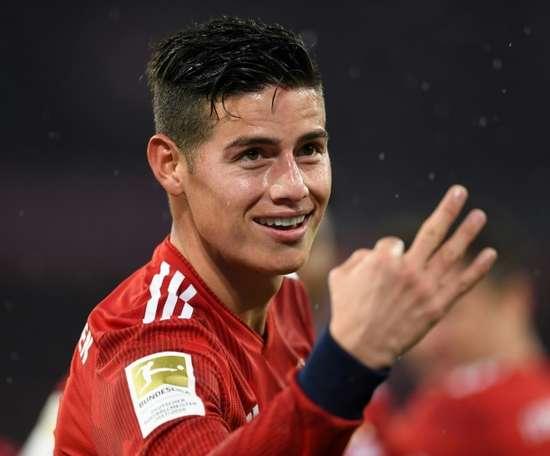 James habría comunicado al Bayern su deseo de volver al Madrid. AFP