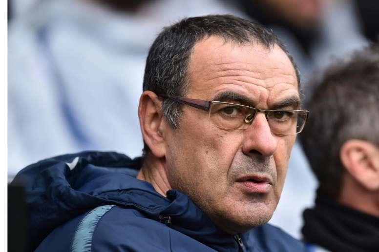 Sarri habría sido insultado por el banquillo del Burnley. AFP