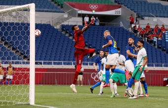 Richarlison marca duas vezes e o Brasil avança no Jogos Olímpicos. AFP