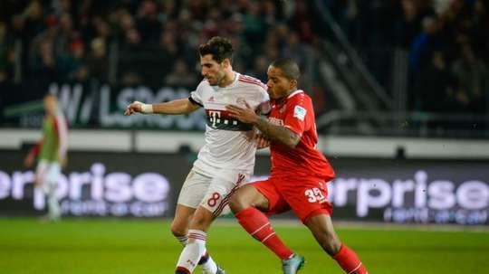 Charlison Benschop (d) jugará la próxima temporada en el Ingolstadt 04. AFP/Archivo