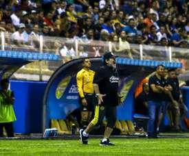 Maradona da el primer paso hacia las semifinales. AFP