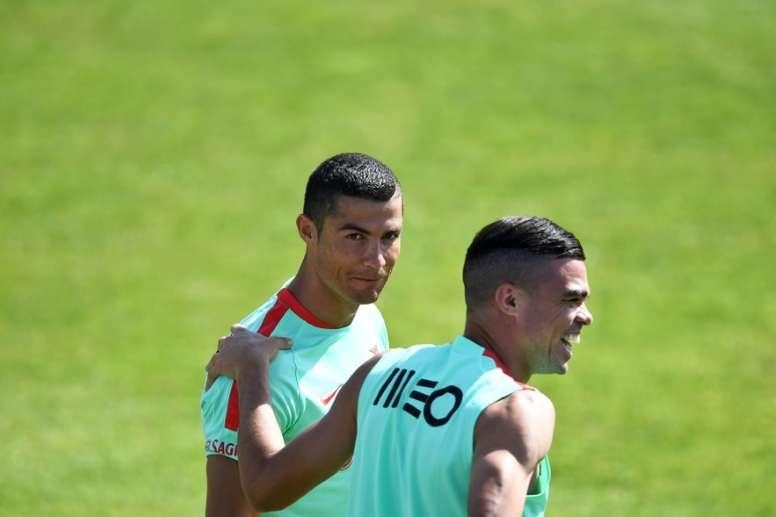 Pepe, ex-companheiro de equipe de Cristiano, compra sua mansão. AFP