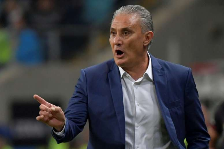 Brazil's Tite blasts 'absurd' state of Copa surface